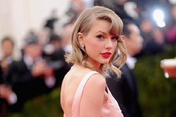 Elle Taylor Swift