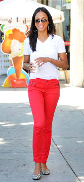 Elle white tee red jeans