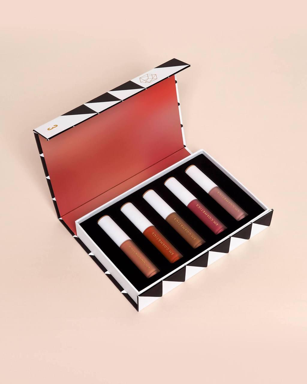 em-cosmetics-holiday-makeup-set