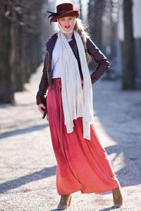 Fall Maxi Skirt Look 2