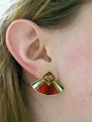Fan shaped earrings
