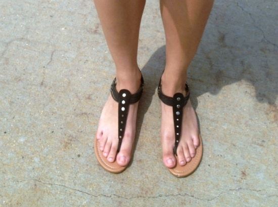 flat black sandals