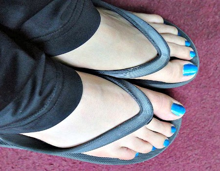Flip flops with pants