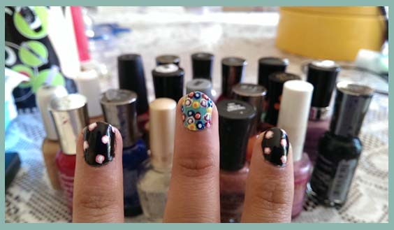 Floral nail design flowered nail