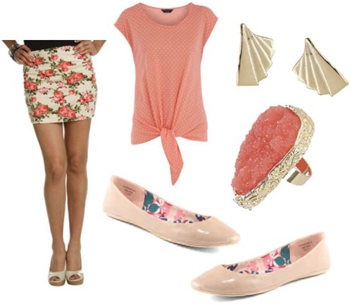 How to wear a floral skirt with pink accessories