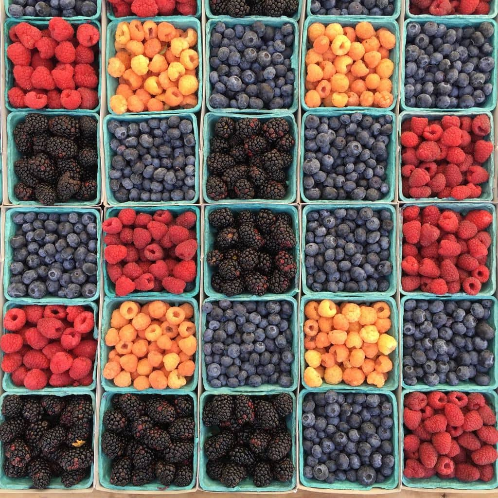 fruits (blackberry, blueberries, raspberry) in cartons