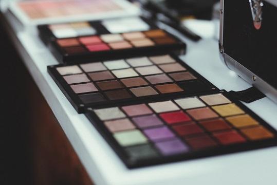 Generic Eyeshadow Makeup Palettes