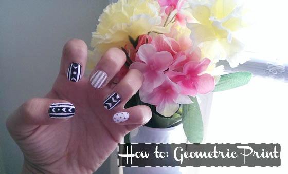 Geometric print nail art