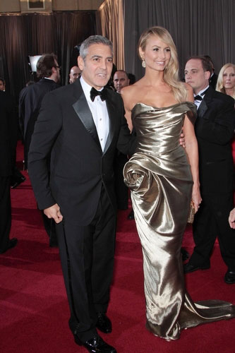Stacy Kiebler (with boyfriend George Clooney) in Marchesa at the 2012 Academy Awards
