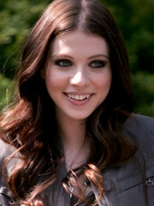 Michelle Trachtenberg has vampy makeup on as her character Georgina Sparks