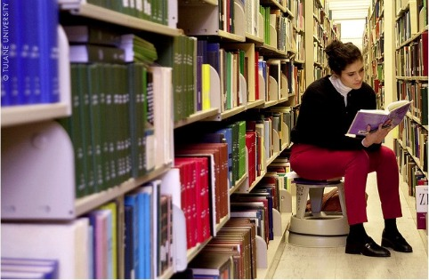 girl-library