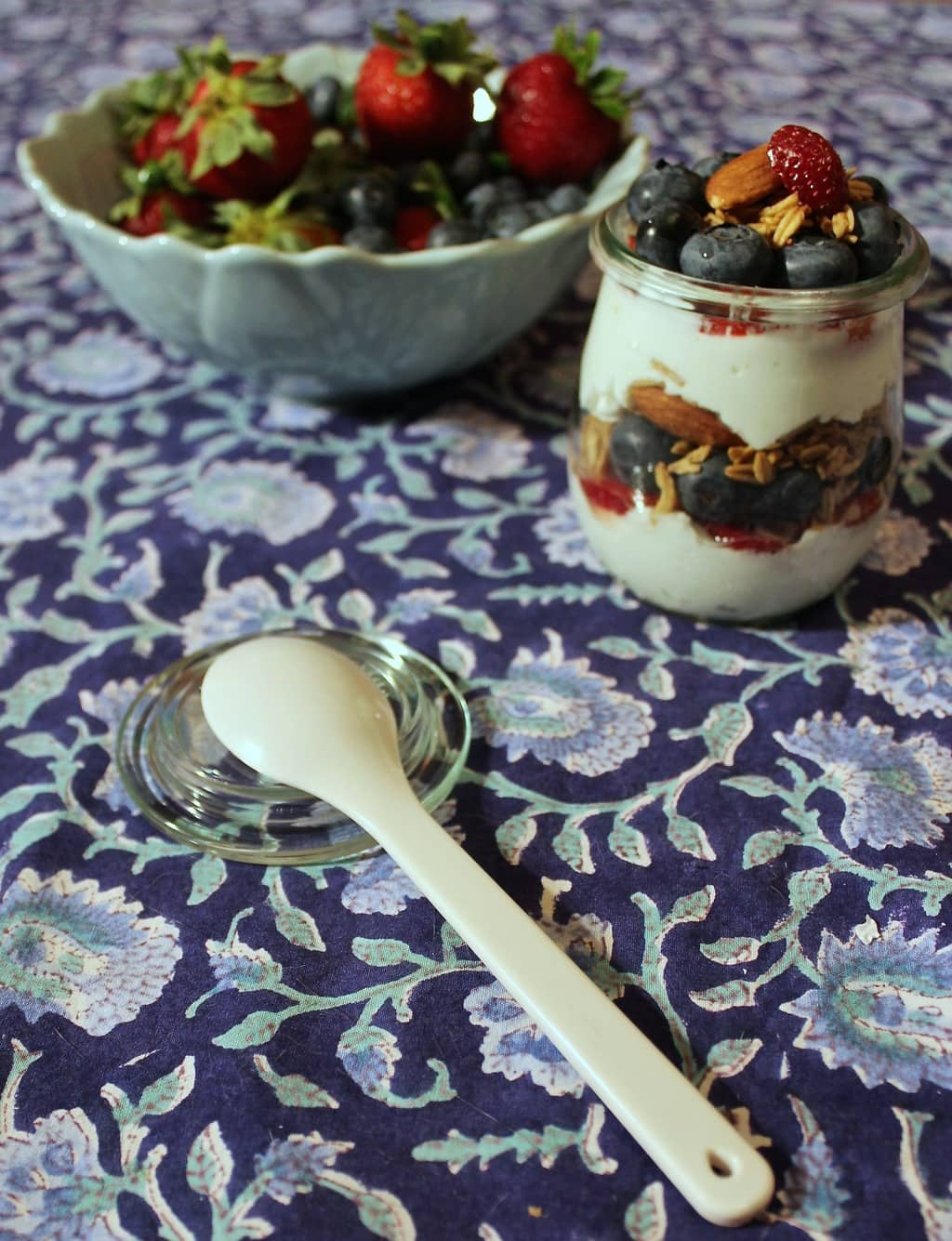 Granola, Yogurt, Berry Parfait