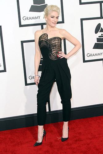 Gwen Stefani in Atelier Versace at the 2015 Grammys