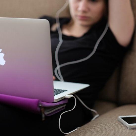 watching netflix on laptop