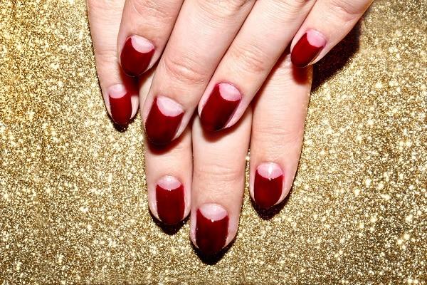 Half-Moon-Fingernails-Header