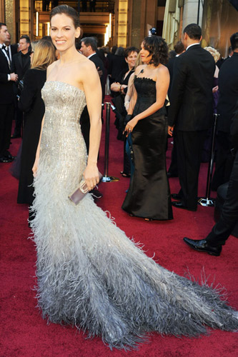 Hilary Swank in Gucci on the 2011 Oscars red carpet