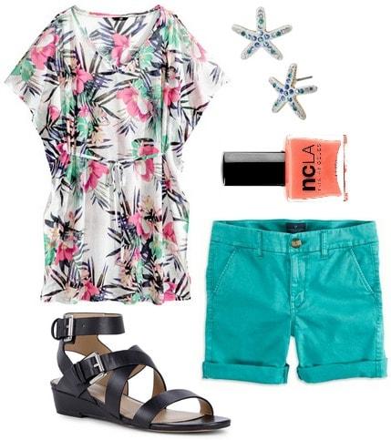 Hm tunic, bermuda shorts, sandals