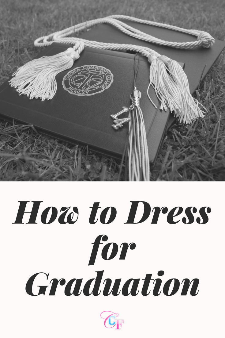 How to dress for graduation