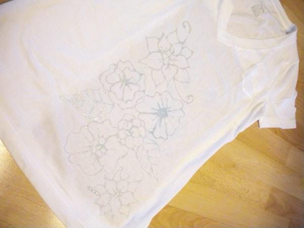 DIY Inverted Dye Tee - Step 3: Glue design on white tee shirt
