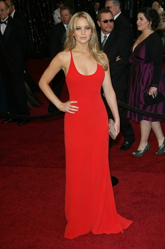 Jennifer Lawrence in Calvin Klein on the 2011 Oscars red carpet