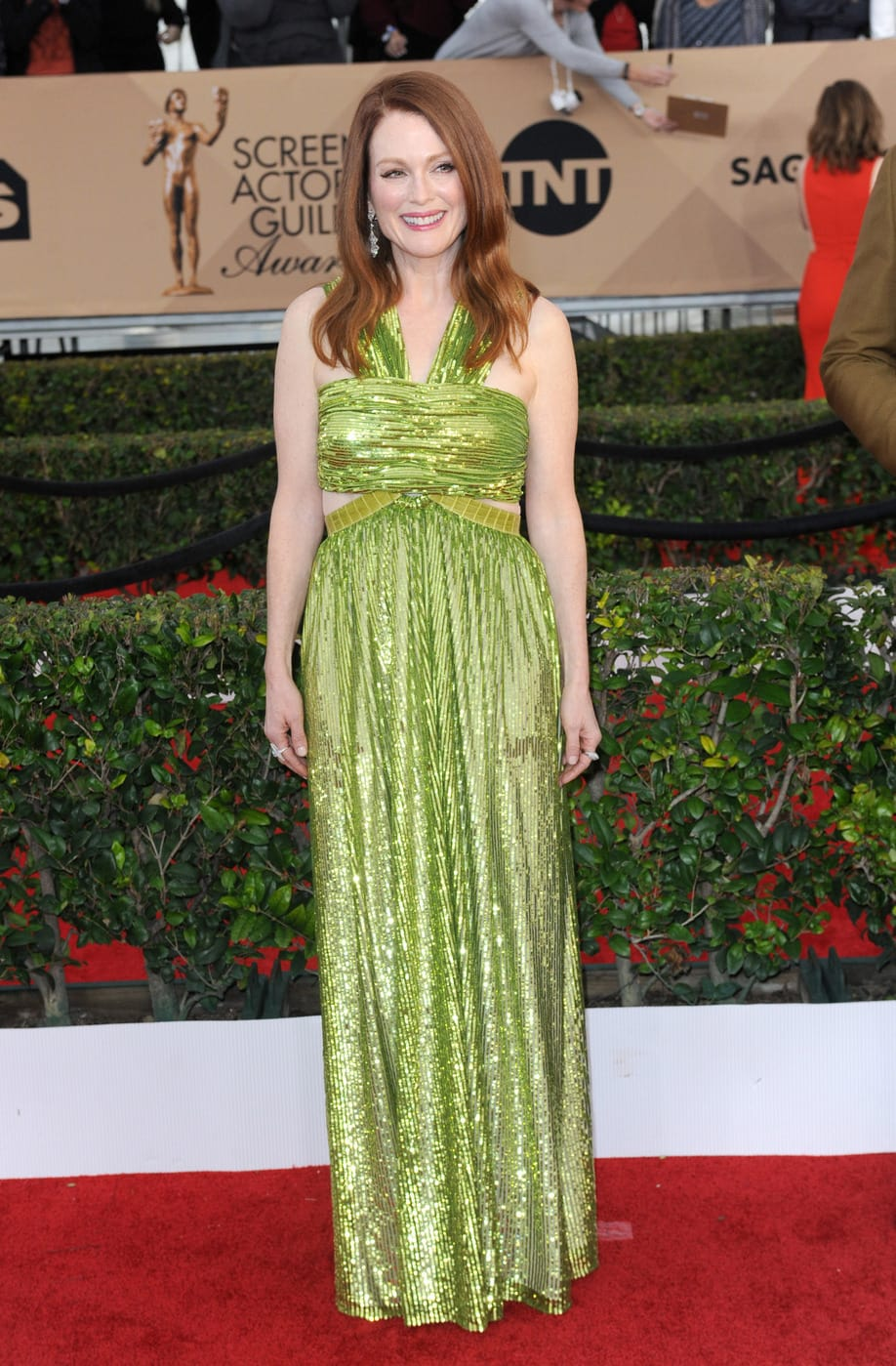 Julianne Moore in Givenchy at the 2016 SAG Awards