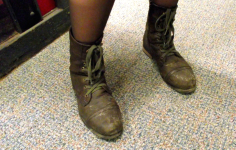 College trend - lace-up boots