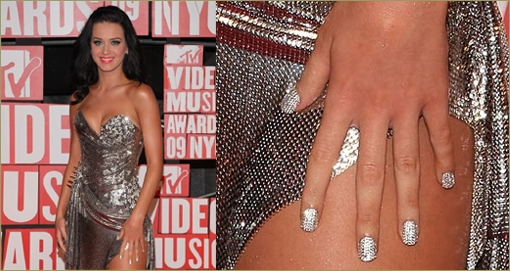 katy perry crystal manicure