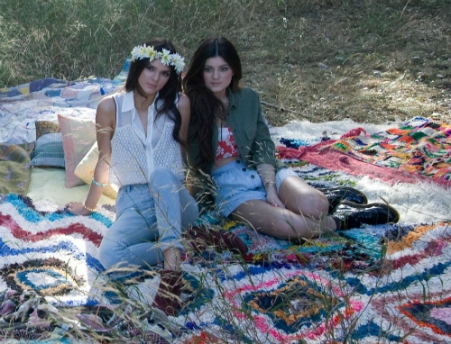 Kendall and kylie jenner pacsun