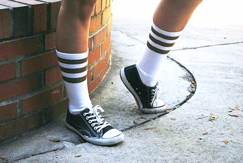 Knee high socks college fashion trend