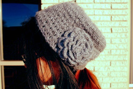 Knit hat college style trend