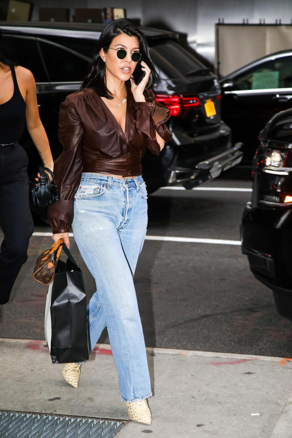Kourtney Kardashian Style 101: How to Copy Her Look ...