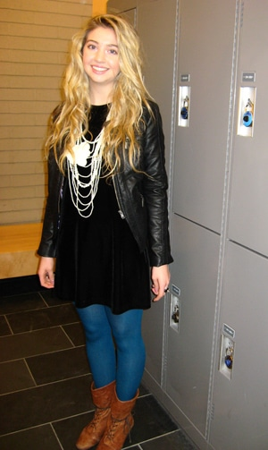 Kristen's fabulous college street style outfit at the University of Guelph-Humber in Canada