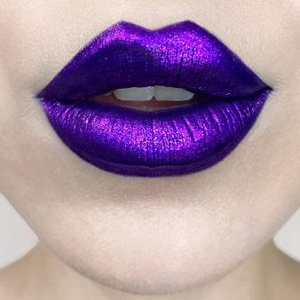 Kat Von D Beauty Everlasting Glimmer Veil Liquid Lipstick in Televator