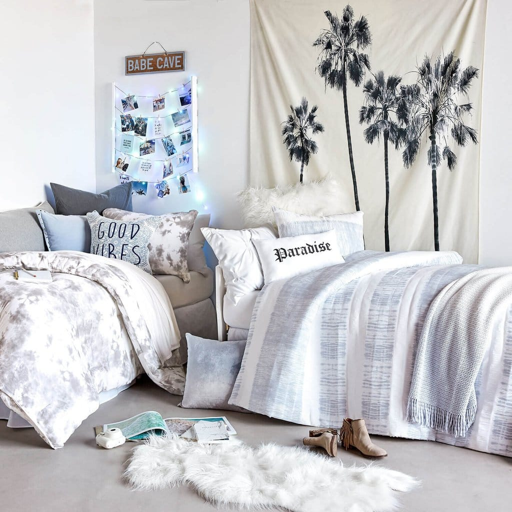Dormify La La Land room - the dorm room items you didn't know you needed