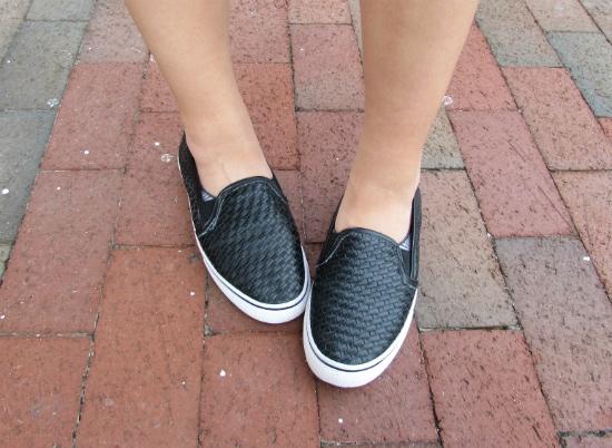 LOC-Elon-Hannah-Shoes