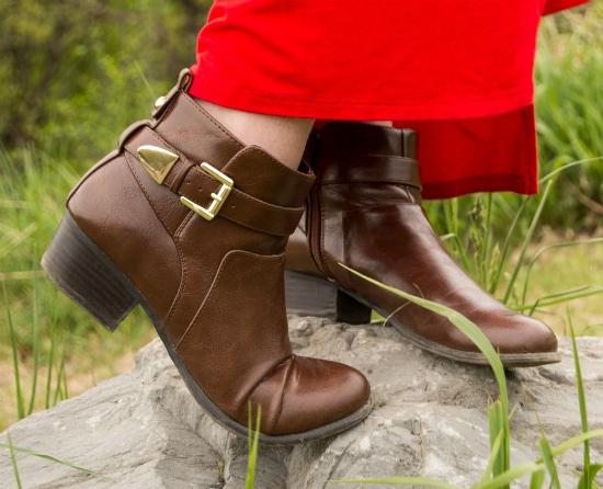LOC-HC-Sam-Boots