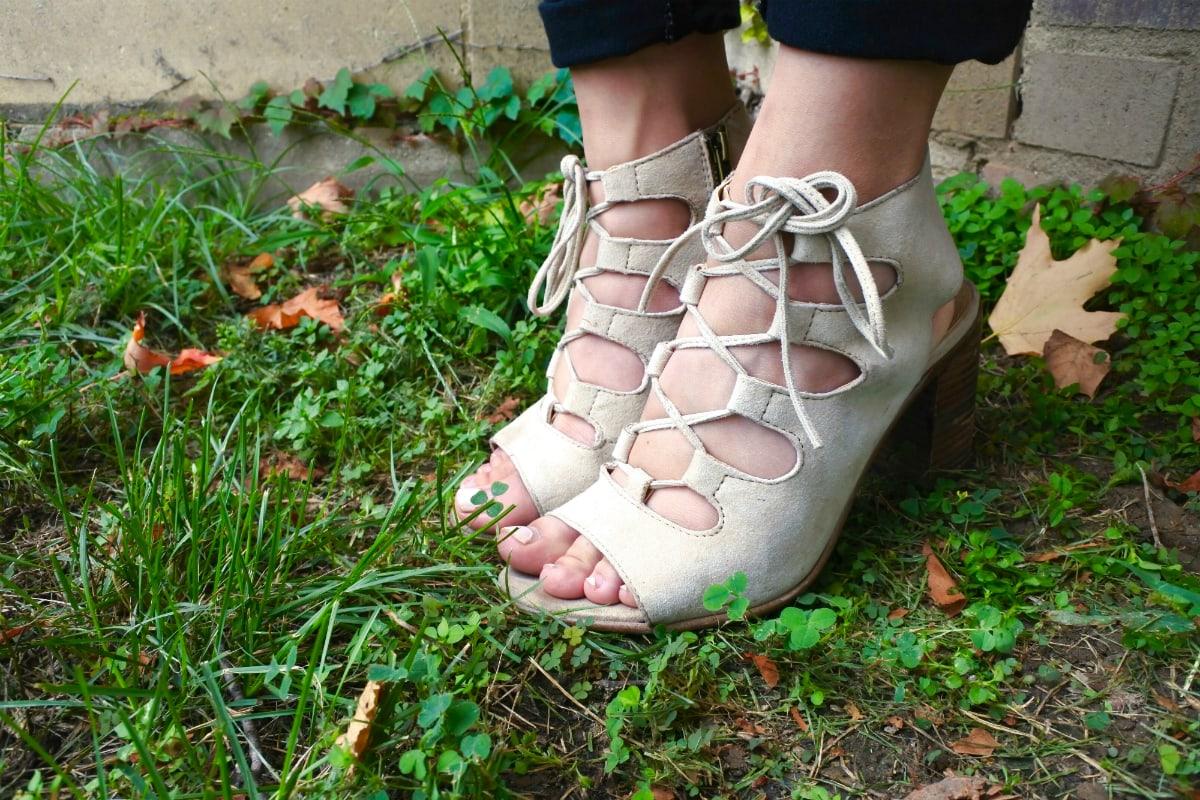 steve madden cage sandals