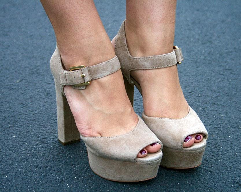 LOC-NYUAD-Nada-Shoes