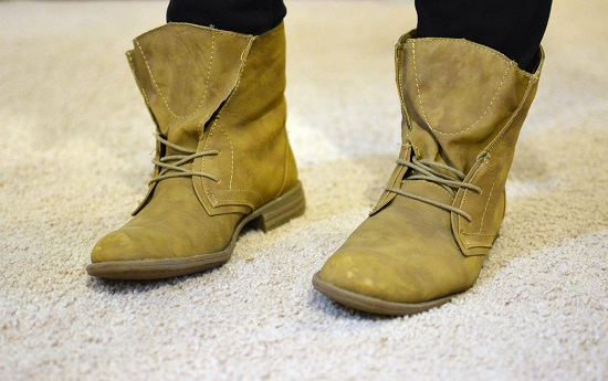 tan lace up boots