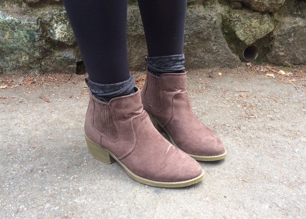 LOC-UCSC-Julia-Shoes