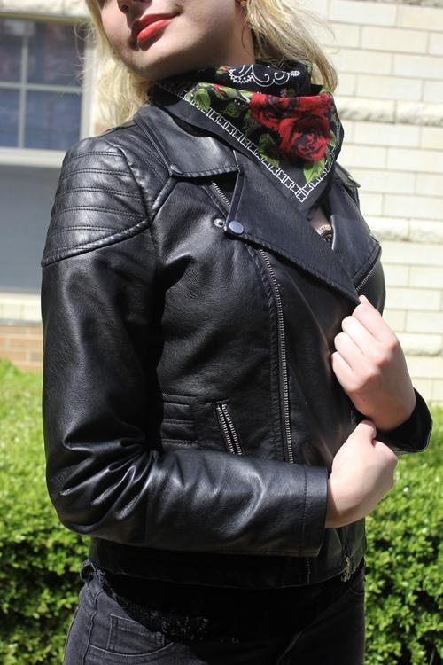 LOC-UT-Arina-Jacket
