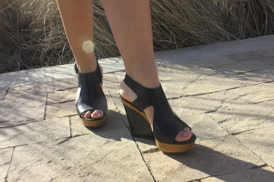 LOC-UT-Brittani-Shoes
