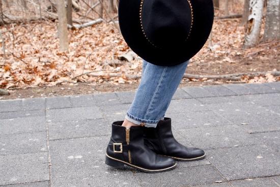 LOC-UT-Komal-Shoes