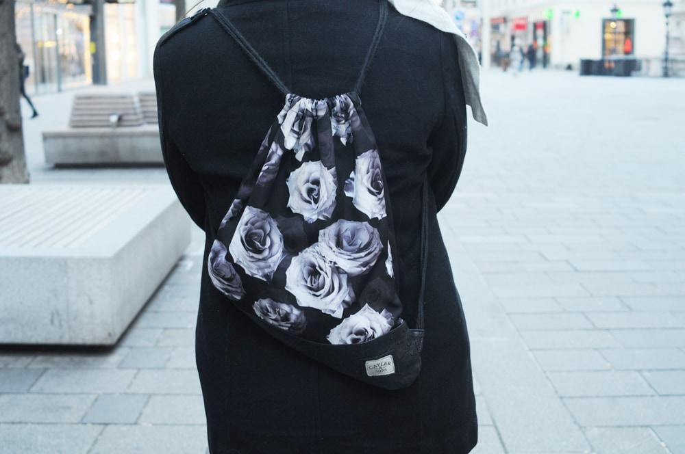 LOC-UV-Sara-Backpack