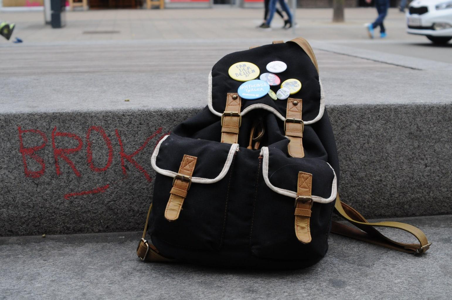 LOC-UV-Vroni-Bag