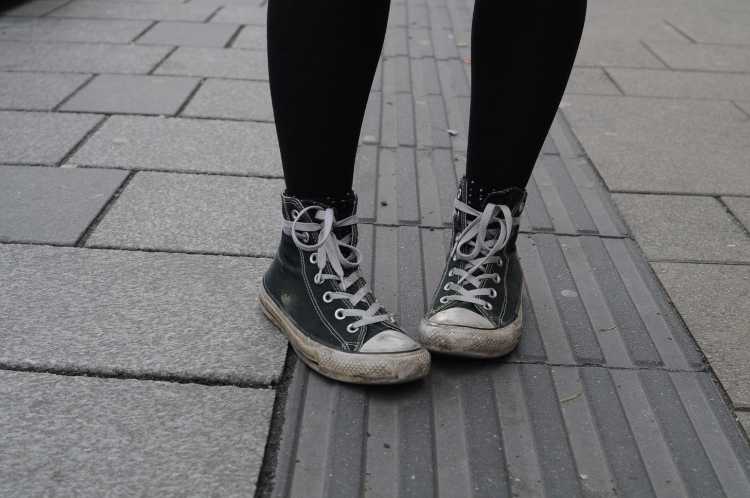 LOC-UV-Vroni-Shoes