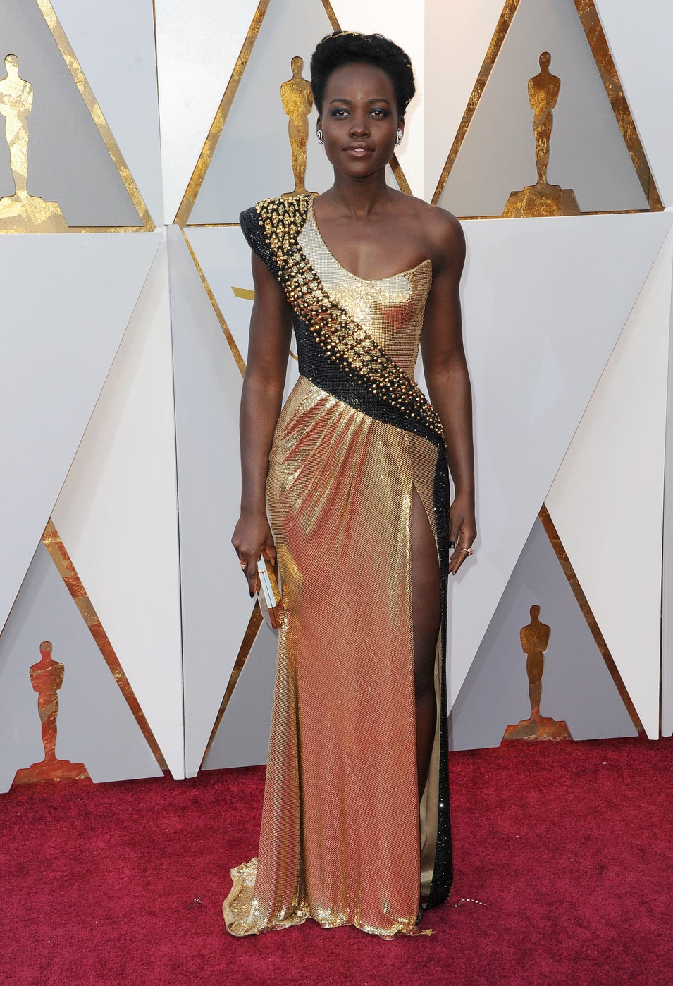 Lupita Nyong'o in Versace at the 2018 Oscars
