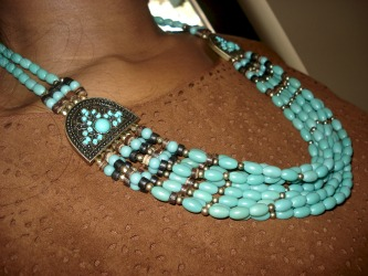 College trends at the University of Texas at Arlington - Turquoise necklace