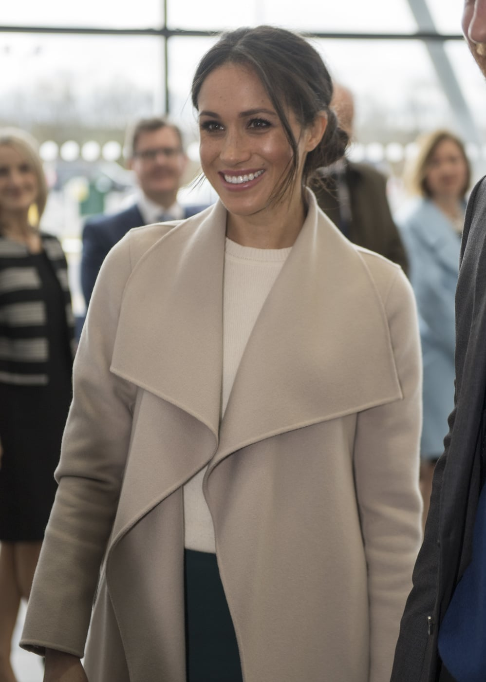 these meghan markle outfits for less will have you looking like an irl duchess college fashion these meghan markle outfits for less