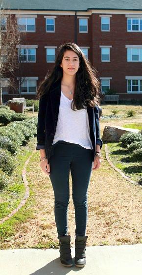 Street style at Meredith College - pink blazer & skinnies